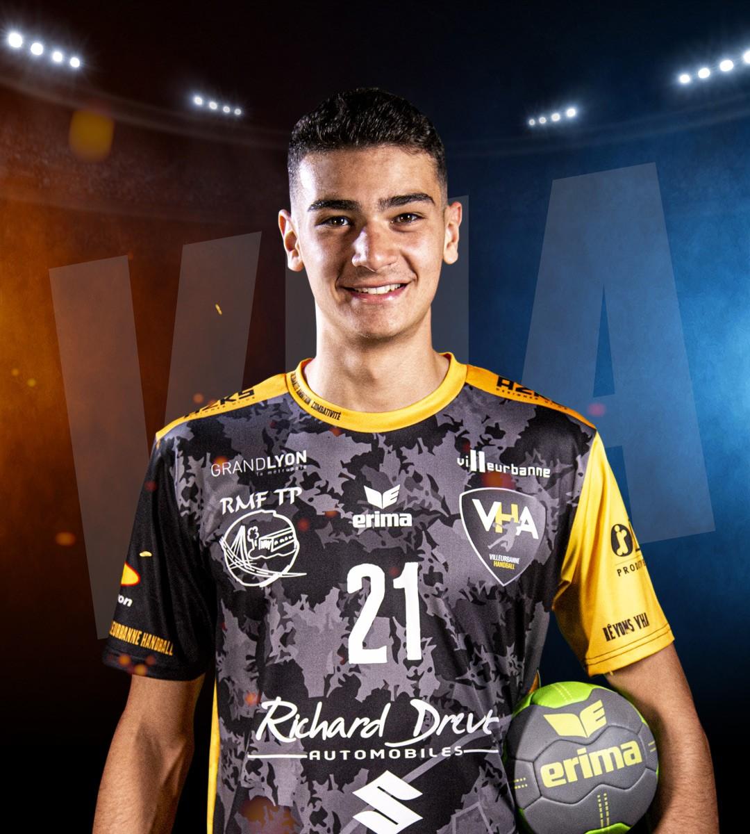 Yanis Dury #21